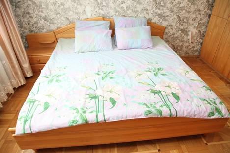 Сдается 3-комнатная квартира посуточнов Солнечногорске, Логвиненко, 1512.