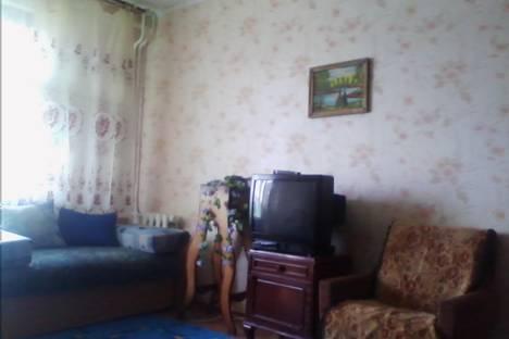 Сдается 1-комнатная квартира посуточнов Салавате, Ленинградская улица, 19.