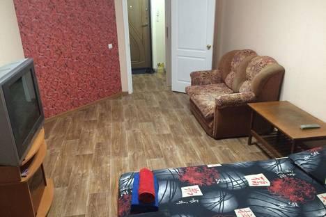 Сдается 1-комнатная квартира посуточнов Ангарске, 18 микрорайон, дом 19.