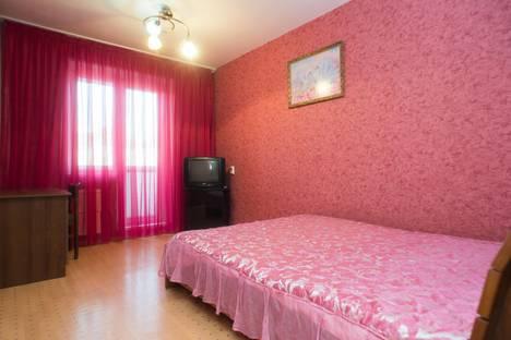 Сдается 1-комнатная квартира посуточно в Челябинске, Яблочкина, 21.