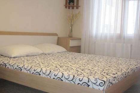 Сдается 2-комнатная квартира посуточнов Коктебеле, Айвазовского 27.