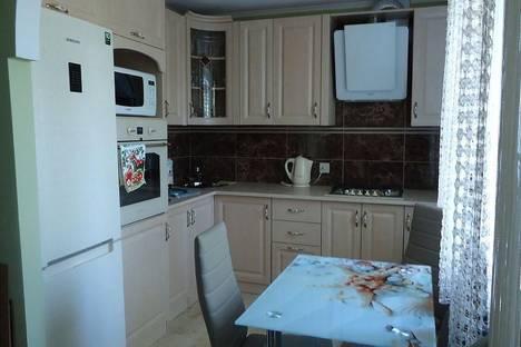 Сдается 2-комнатная квартира посуточно в Саки, Курортная 15.