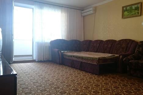 Сдается 2-комнатная квартира посуточно в Саки, Севастопольская, 23.