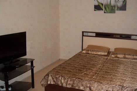 Сдается 1-комнатная квартира посуточно в Тюмени, ул. Осипенко, 84.