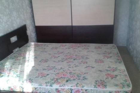 Сдается 2-комнатная квартира посуточно в Ангарске, 12-микрорайон дом 1.