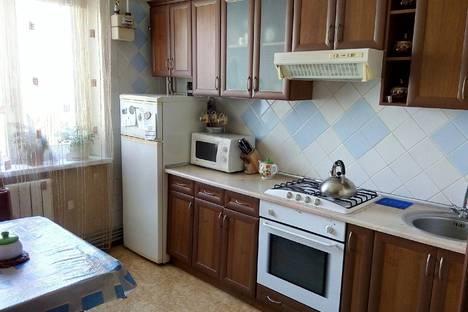 Сдается 2-комнатная квартира посуточно в Саках, Севастопольская 23.