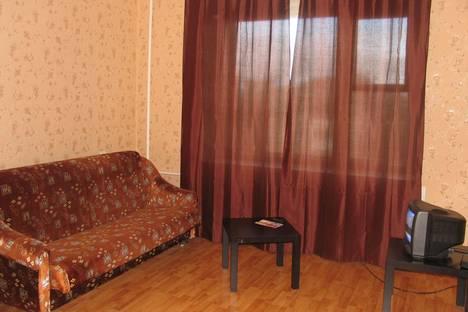 Сдается 1-комнатная квартира посуточно, Воскресенская 99.