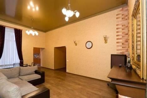 Сдается 3-комнатная квартира посуточнов Санкт-Петербурге, Невский проспект, 23.