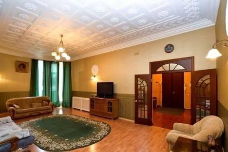Сдается 2-комнатная квартира посуточнов Санкт-Петербурге, ул. Рузовская, 9.