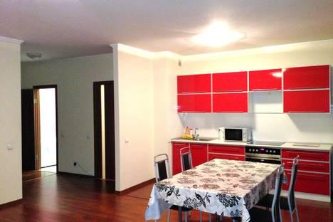 Сдается 2-комнатная квартира посуточно в Абакане, ул. Лермонтова 17.