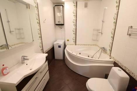 Сдается 2-комнатная квартира посуточно в Алматы, Абая – Байтурсынова (Космонавтов), 98б.
