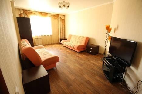 Сдается 2-комнатная квартира посуточно в Алматы, Абая-Масанчи 98б.