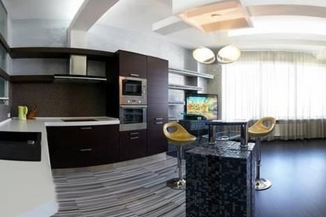 Сдается 2-комнатная квартира посуточно в Алматы, микрорайон Керемет, 7к35.