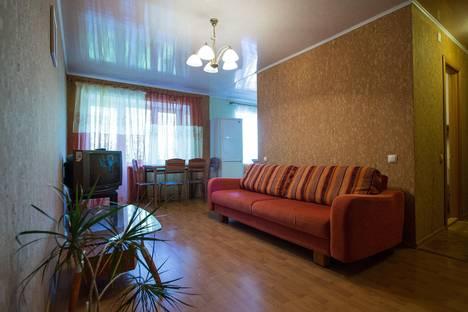 Сдается 3-комнатная квартира посуточно в Ярославле, ул. Победы, 12.