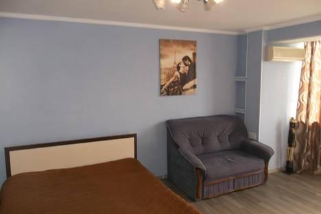 Сдается 1-комнатная квартира посуточно в Черкассах, Парижской Коммуны 37.