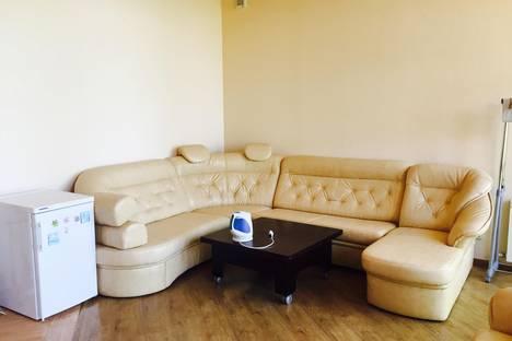 Сдается 1-комнатная квартира посуточнов Сочи, Володарского 6.
