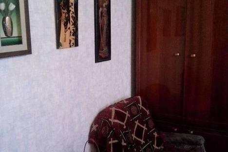Сдается 2-комнатная квартира посуточно в Актобе, мкр 12 дом 25.