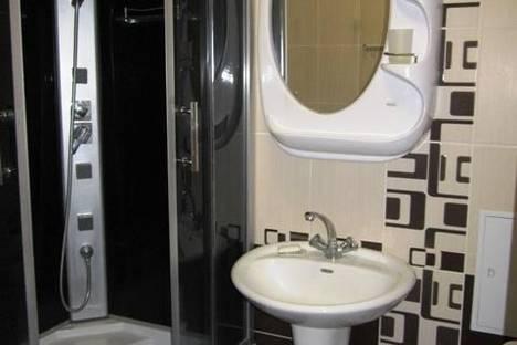 Сдается 2-комнатная квартира посуточно в Бердянске, Первомайская, 36.