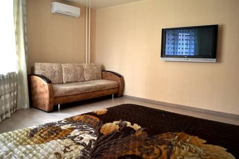 Сдается 2-комнатная квартира посуточно в Казани, ул. Хайдара Бигичева, 32.