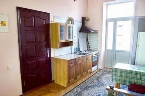 Сдается 2-комнатная квартира посуточно в Одессе, ул. Софиевская, 15.