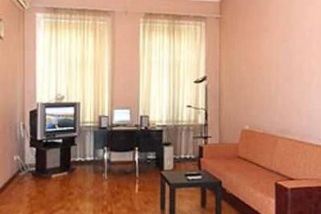 Сдается 2-комнатная квартира посуточно в Одессе, Бунина, 28.