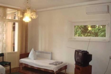 Сдается 1-комнатная квартира посуточнов Сочи, ул. Победы, д. 84.