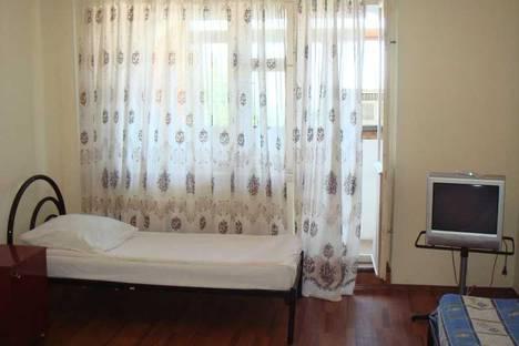 Сдается 1-комнатная квартира посуточно в Сочи, ул. Кольцевой, д. 2/1.