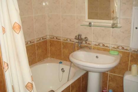 Сдается 1-комнатная квартира посуточно в Сочи, Партизанская ул., 18.