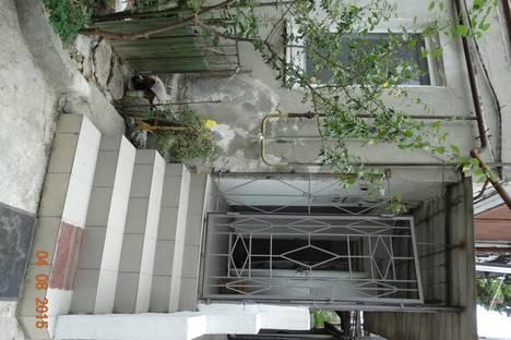 Сдается 2-комнатная квартира посуточно в Ялте, Кирова, 4.