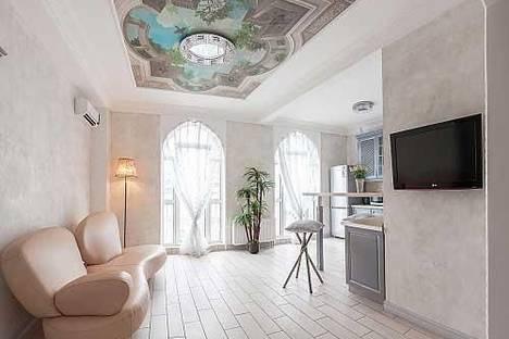 Сдается 1-комнатная квартира посуточно в Одессе, Военный спуск, 5а.