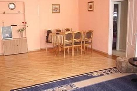 Сдается 3-комнатная квартира посуточно в Одессе, Пушкинская, 16.