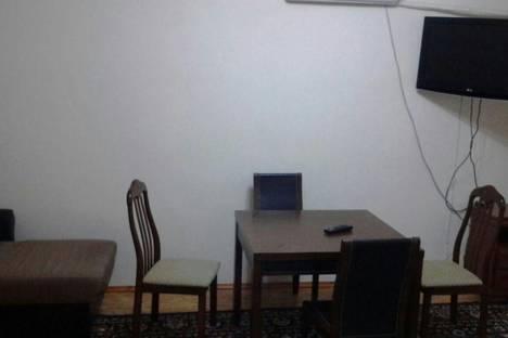 Сдается 2-комнатная квартира посуточнов Актобе, мкр 12 дом 21г.