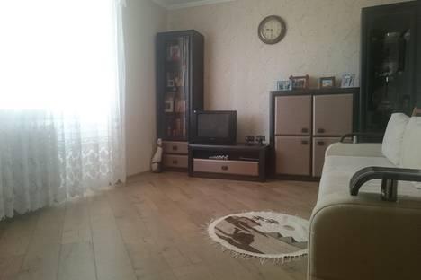 Сдается 1-комнатная квартира посуточнов Николаевке, Кузнецова 18а.