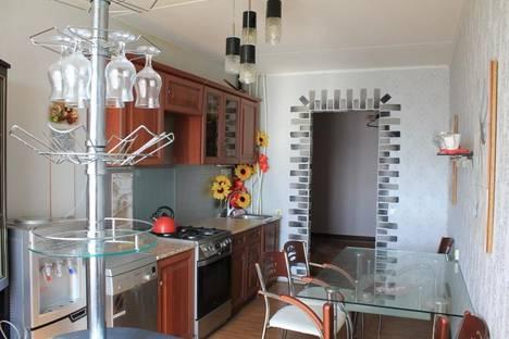 Сдается 2-комнатная квартира посуточно в Тамбове, Интернациональная, 43.