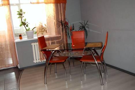 Сдается 2-комнатная квартира посуточно в Тамбове, ул. Мичуринская, 2.