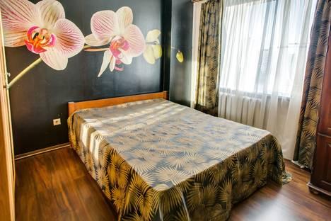 Сдается 2-комнатная квартира посуточно в Ростове-на-Дону, ул. 339-й Стрелковой Дивизии, 12Б.