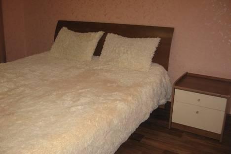 Сдается 3-комнатная квартира посуточно в Энгельсе, кондакова 52.