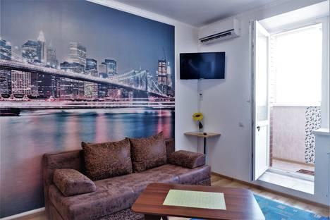 Сдается 1-комнатная квартира посуточно, ул. Чайковского, 20.