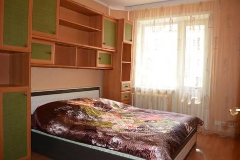 Сдается 3-комнатная квартира посуточно в Орле, Пожарная, д.30.
