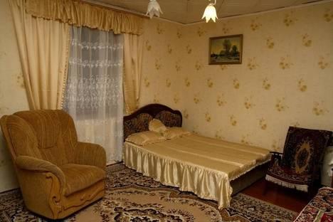 Сдается 2-комнатная квартира посуточно в Алупке, ул.Красногвардейская 18.