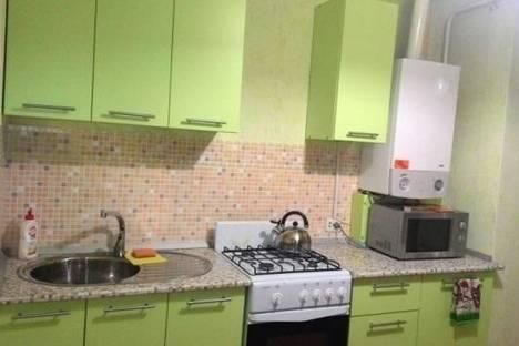 Сдается 1-комнатная квартира посуточно в Энгельсе, Московская улица, д. 30.