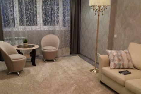 Сдается 2-комнатная квартира посуточнов Сочи, ул. Роз, д 56.