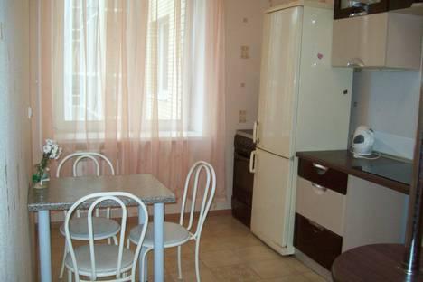 Сдается 1-комнатная квартира посуточно в Архангельске, Северной Двины набережная, 32.