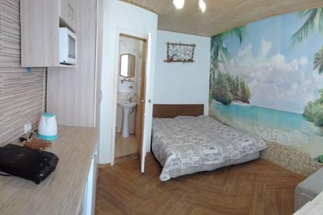 Сдается 1-комнатная квартира посуточно в Феодосии, федько 91.