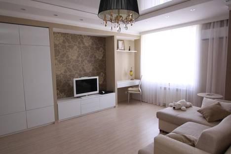 Сдается 1-комнатная квартира посуточнов Казани, ул. Сибгата Хакима, 33.