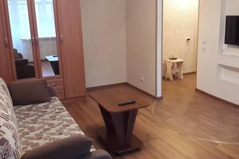 Сдается 1-комнатная квартира посуточнов Ярославле, ул. Победы 12.