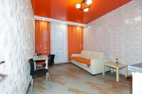 Сдается 2-комнатная квартира посуточнов Новосибирске, ул. Семьи Шамшиных, 90/5.