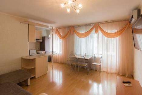 Сдается 2-комнатная квартира посуточно в Красноярске, ул. Диктатуры пролетариата, 18.