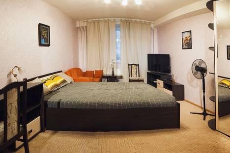 Сдается 1-комнатная квартира посуточнов Перми, Мира, 25.