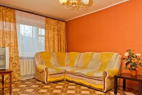Сдается 1-комнатная квартира посуточнов Кстове, Июльских дней 6.